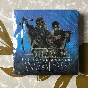 NWT Star Wars Force Awakens Beverage Napkins 16 Ct